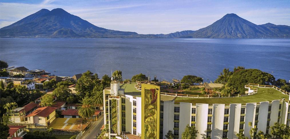 HOTELES EN PANAJACHEL, LAGO DE ATITLÁN, GUATEMALA